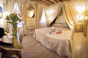 Tessuto tesato hotel Tessilmoquette Fabio Ponchiroli